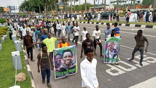 Shiites' Protest: UK Government Warns Citizens Travelling To Nigeria  | Sahara Reporters