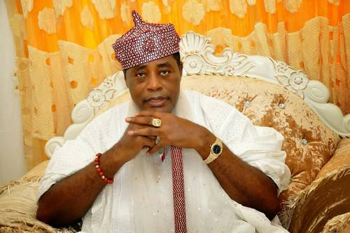 EFCC Arrests Nigerian Traditional Ruler, Fredrick Obateru Akinruntan-OBAT  For Money Laundering