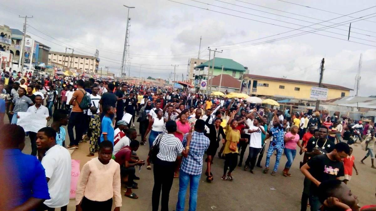 Adekunle Ajasin University of Agriculture students protest hike in tuition fee