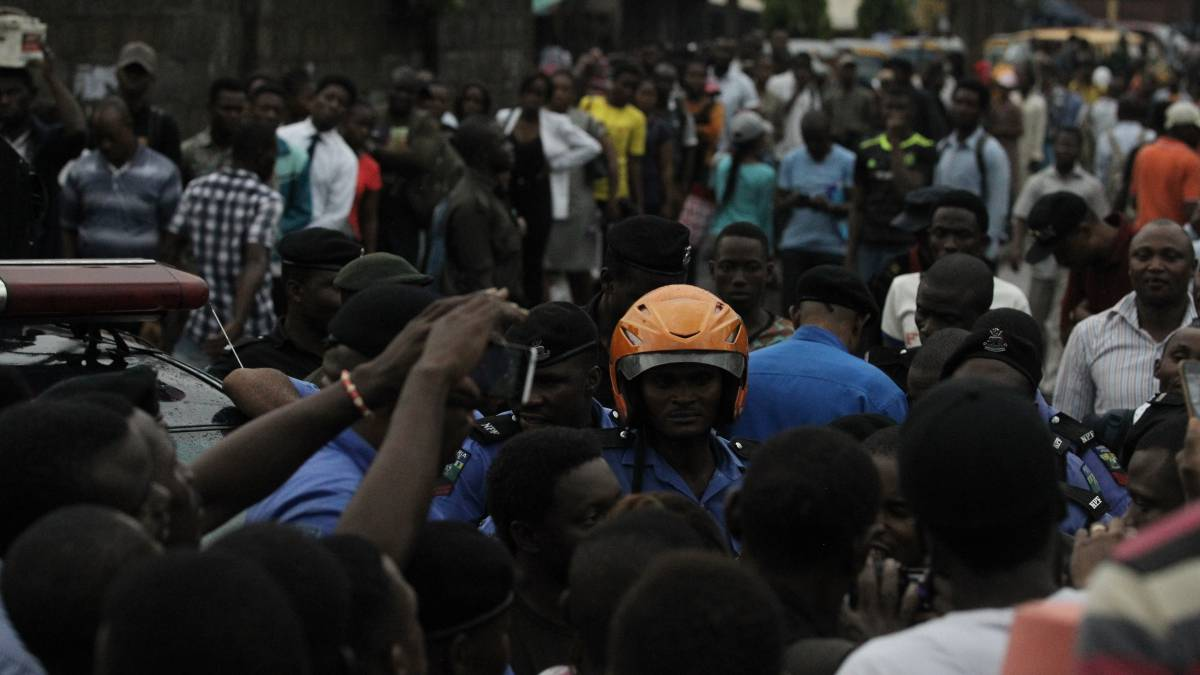Students protest at UNILAG to demand reinstatement of 11 rusticated student activists