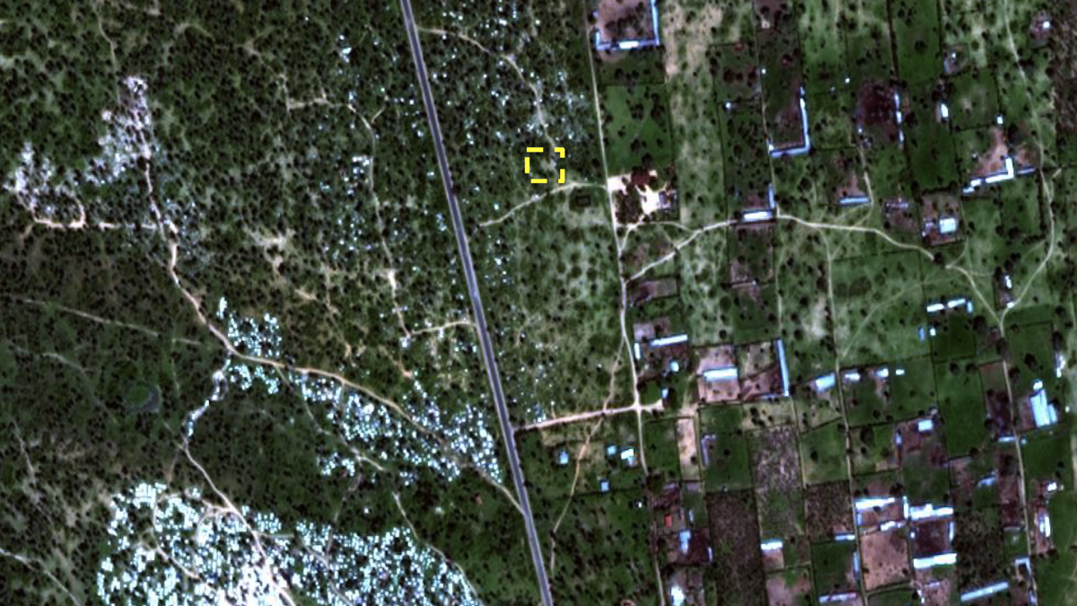 Overview of Buringa with mass grave location identified. Satellite imagery from November 2015