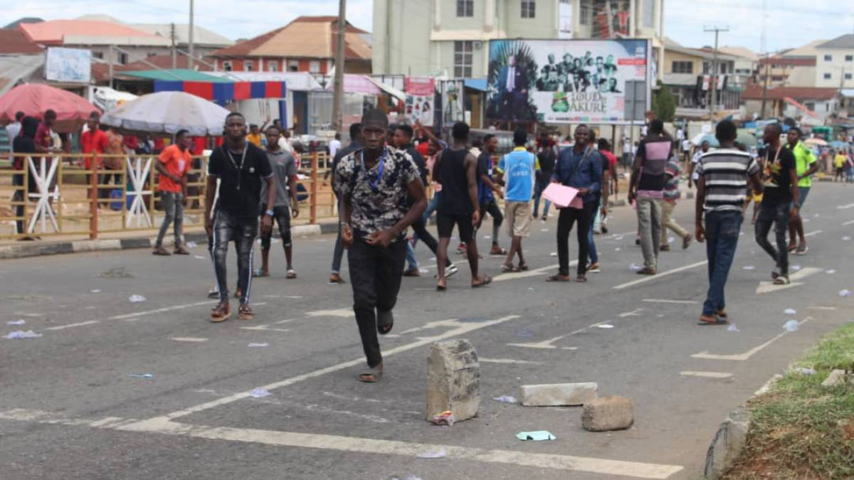 Students protesting fee hike by Ondo State government