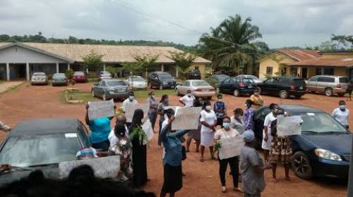 Ondo Psychiatric Nurses Protest Poor Working Condition At Government-owned Medical Facility